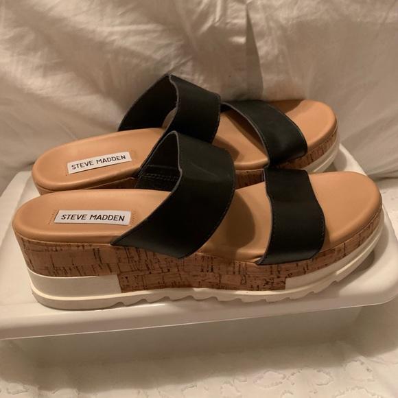 Steve Madden Blaine Sandals Size 95